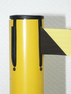 Absperrsysteme GuideLine Kunststoffpfosten, gelb, Höhe: 1,0 m, 4-Wege-Kassette (schwarz), Nylongeweb